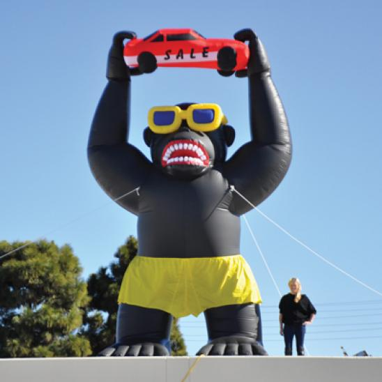 giant 20ft inflatable gorilla  855